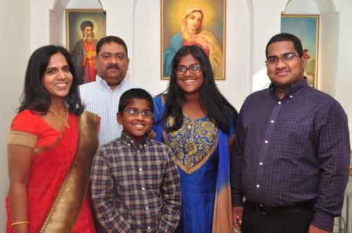 Saji-Mattamana-and-Family